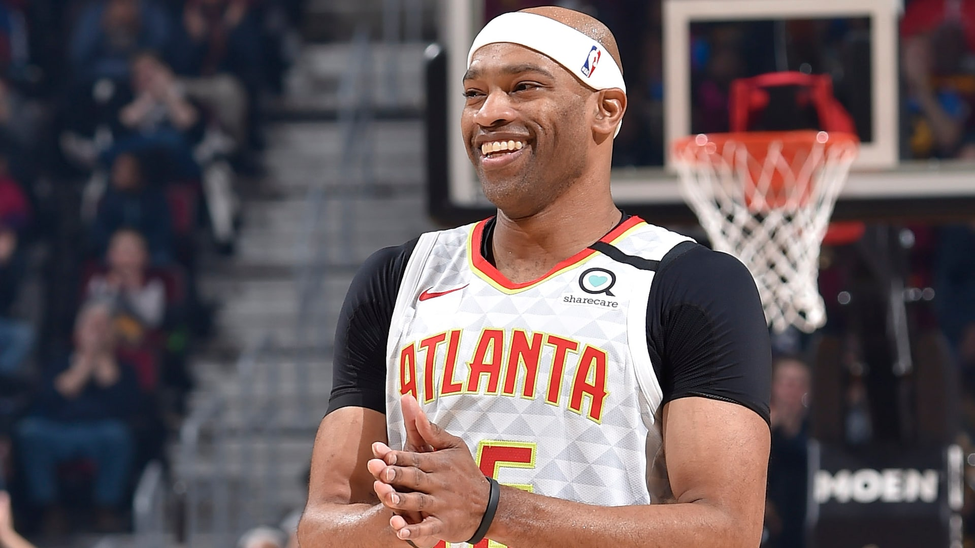 Vince Carter wins 2019-20 NBA Sportsmanship Award