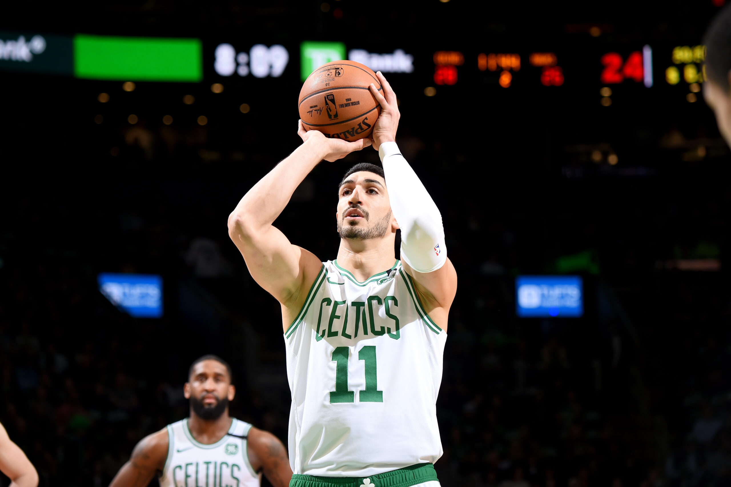 Enes Kanter traded to Blazers in 3-team deal
