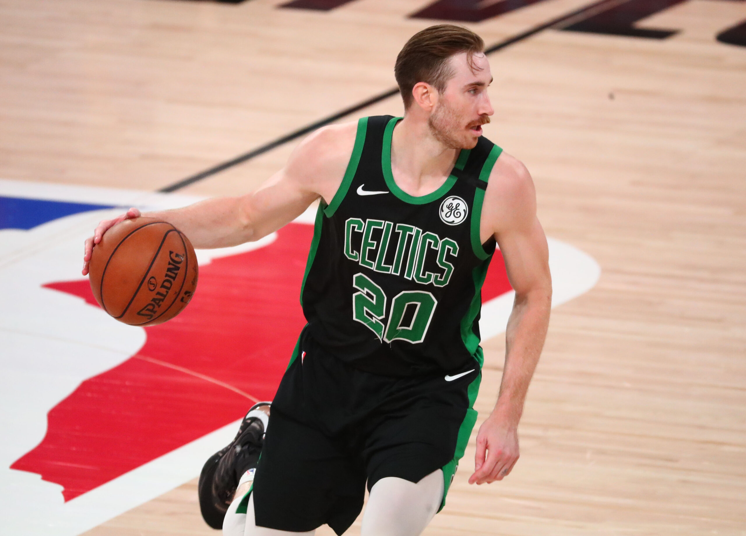 Reports: Gordon Hayward opts out, will become free agent