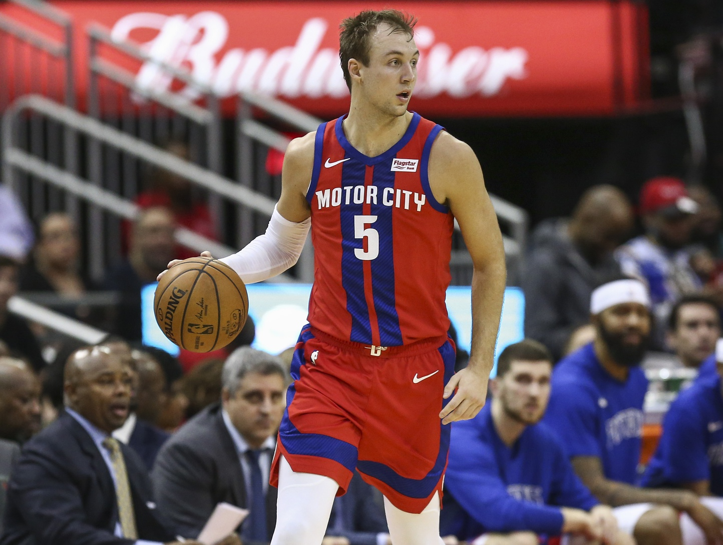 Reports: Clippers, Nets and Pistons agree to three-team deal