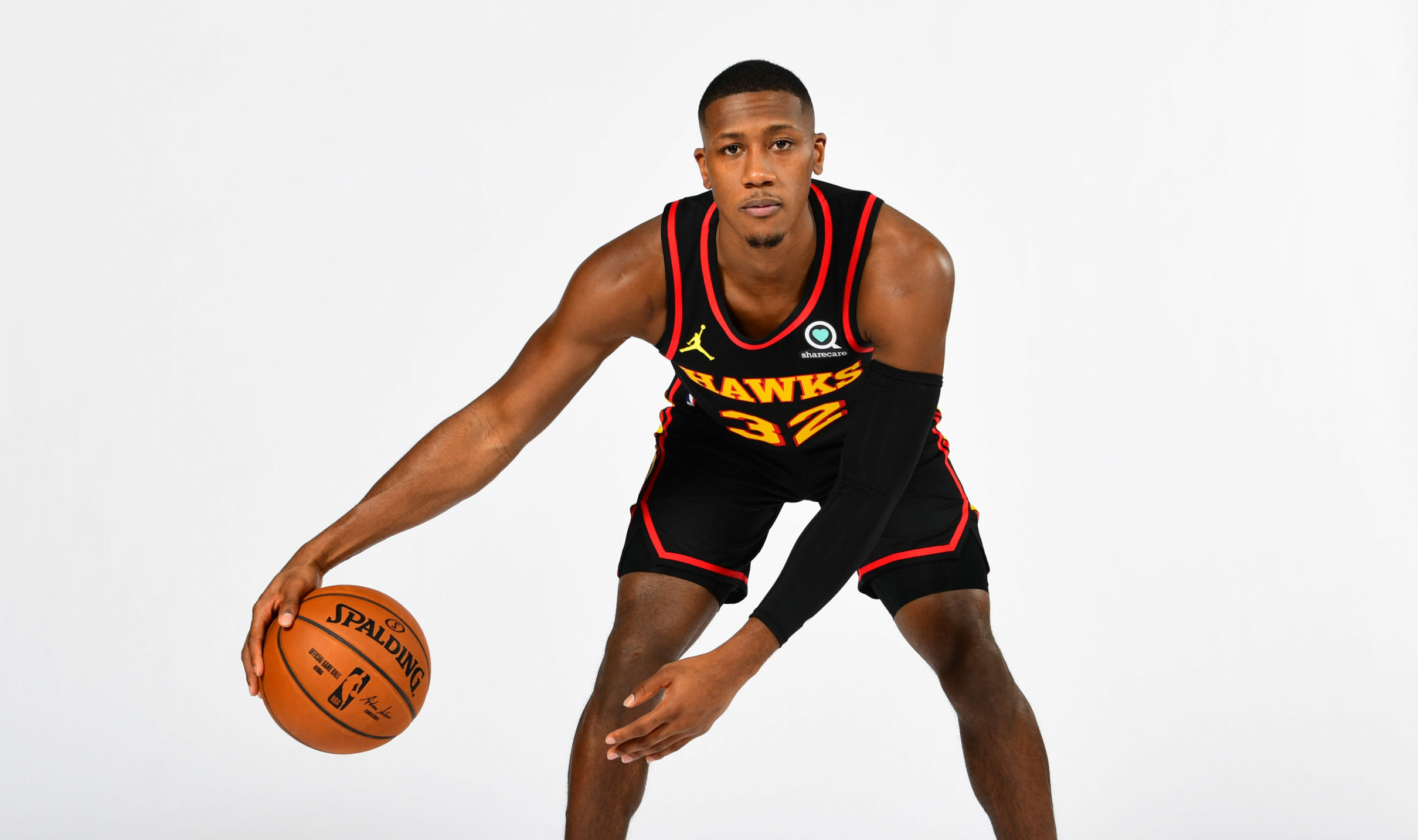Hawks' Kris Dunn to rest 2 weeks after ankle surgery