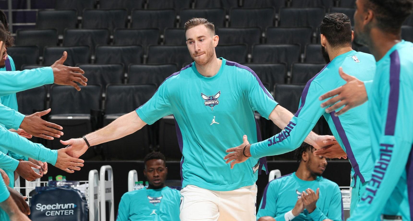 Gordon Hayward available to play in Hornets' season opener