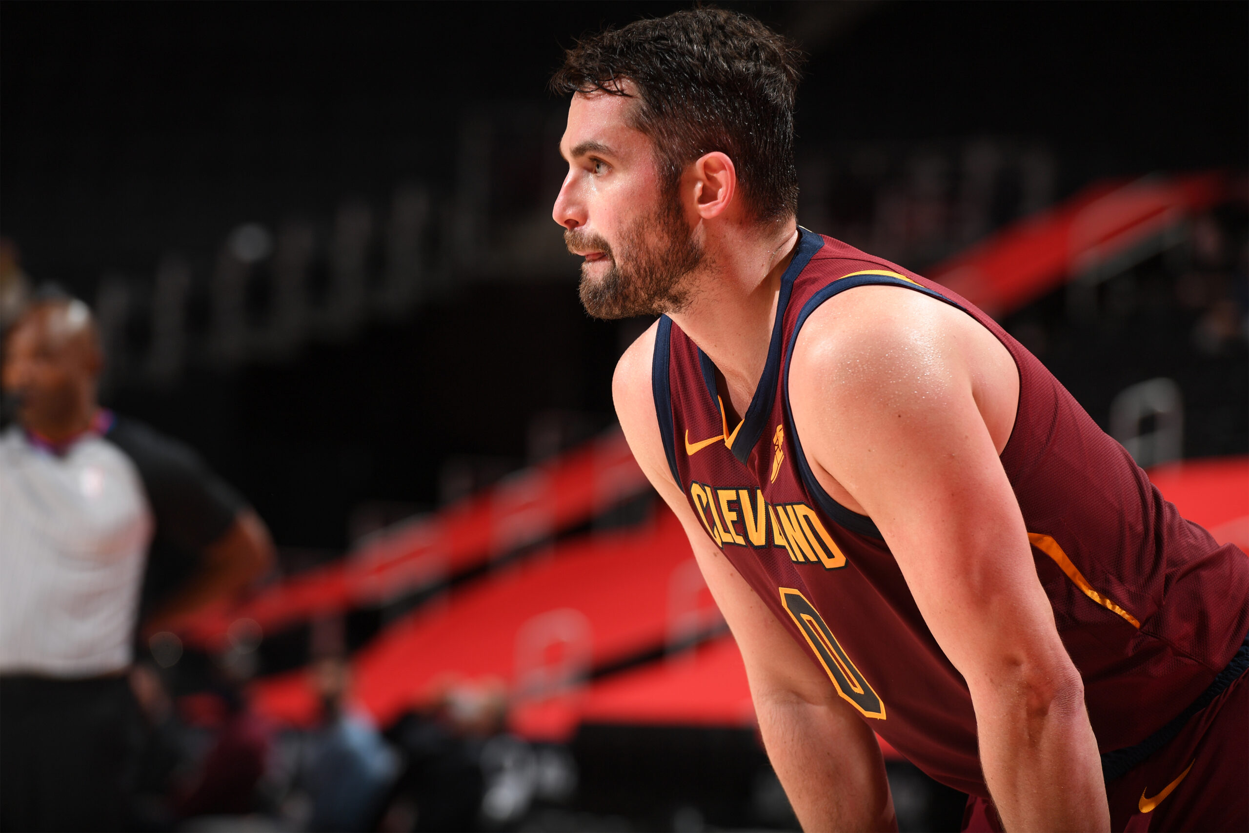 Kevin Love takes part in practice, nears return from injury