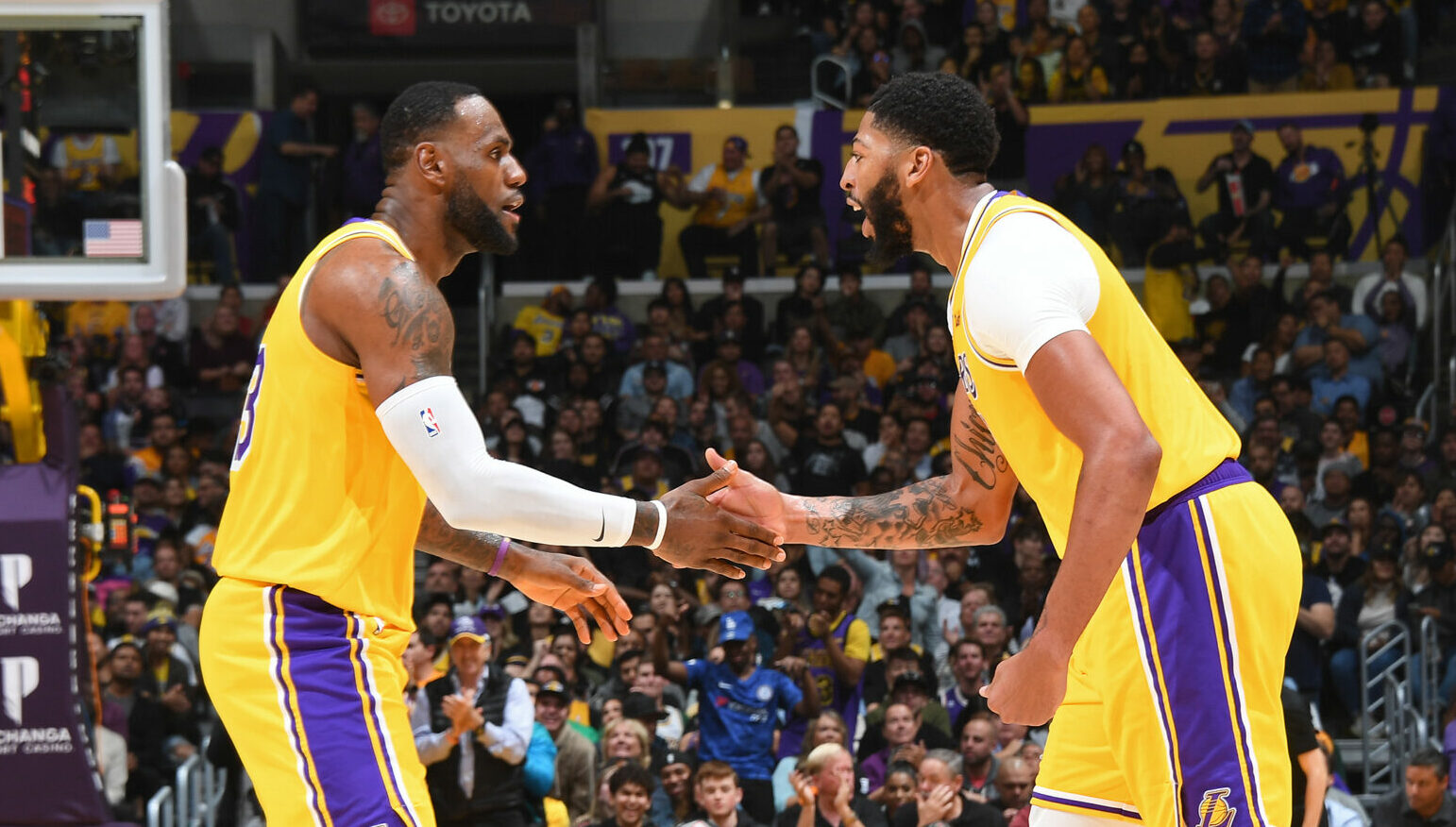 Blogtable: Will Lakers repeat as champions in 2020-21?