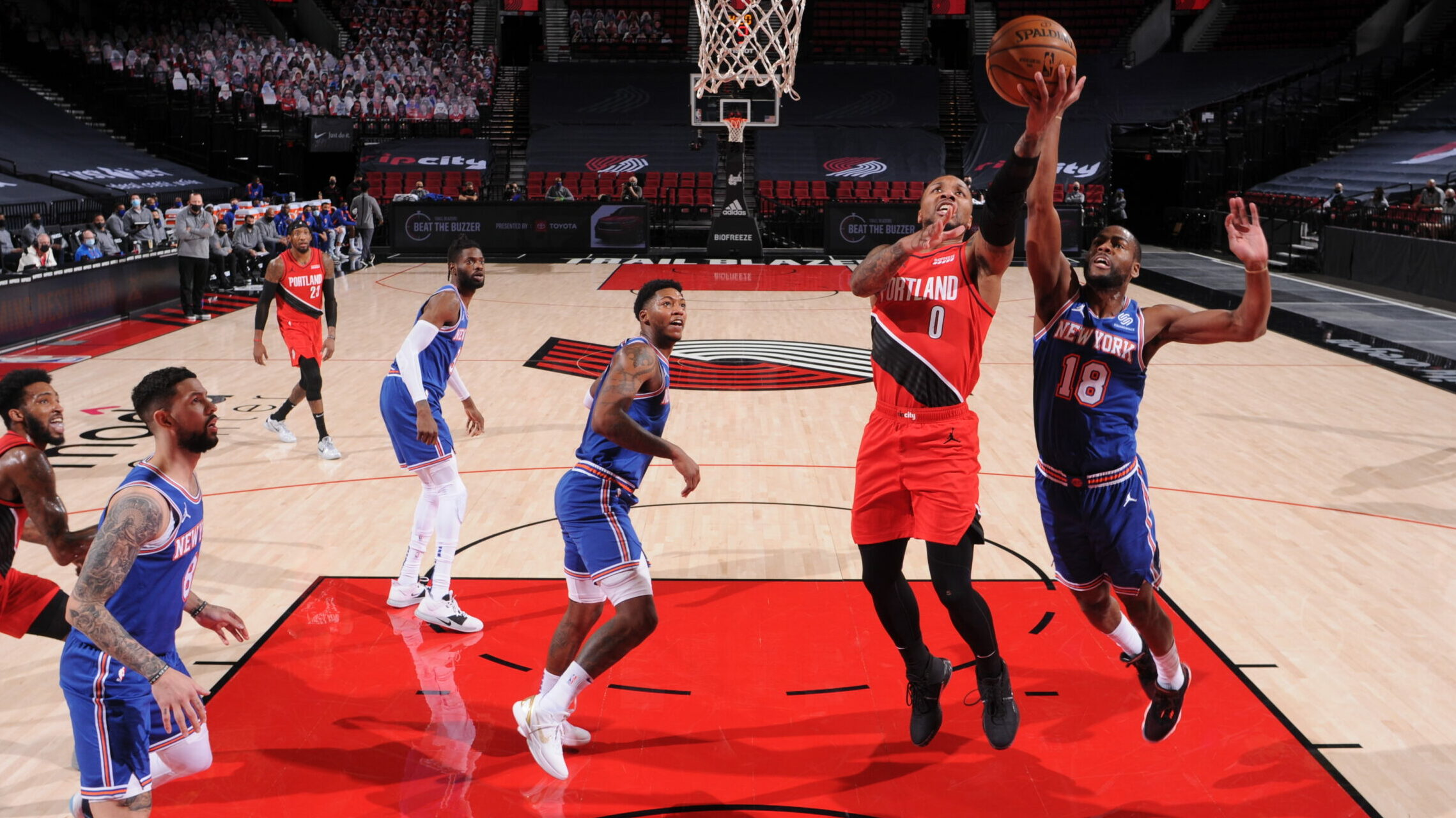 Lillard Scores 39, Trail Blazers Hold Off Knicks