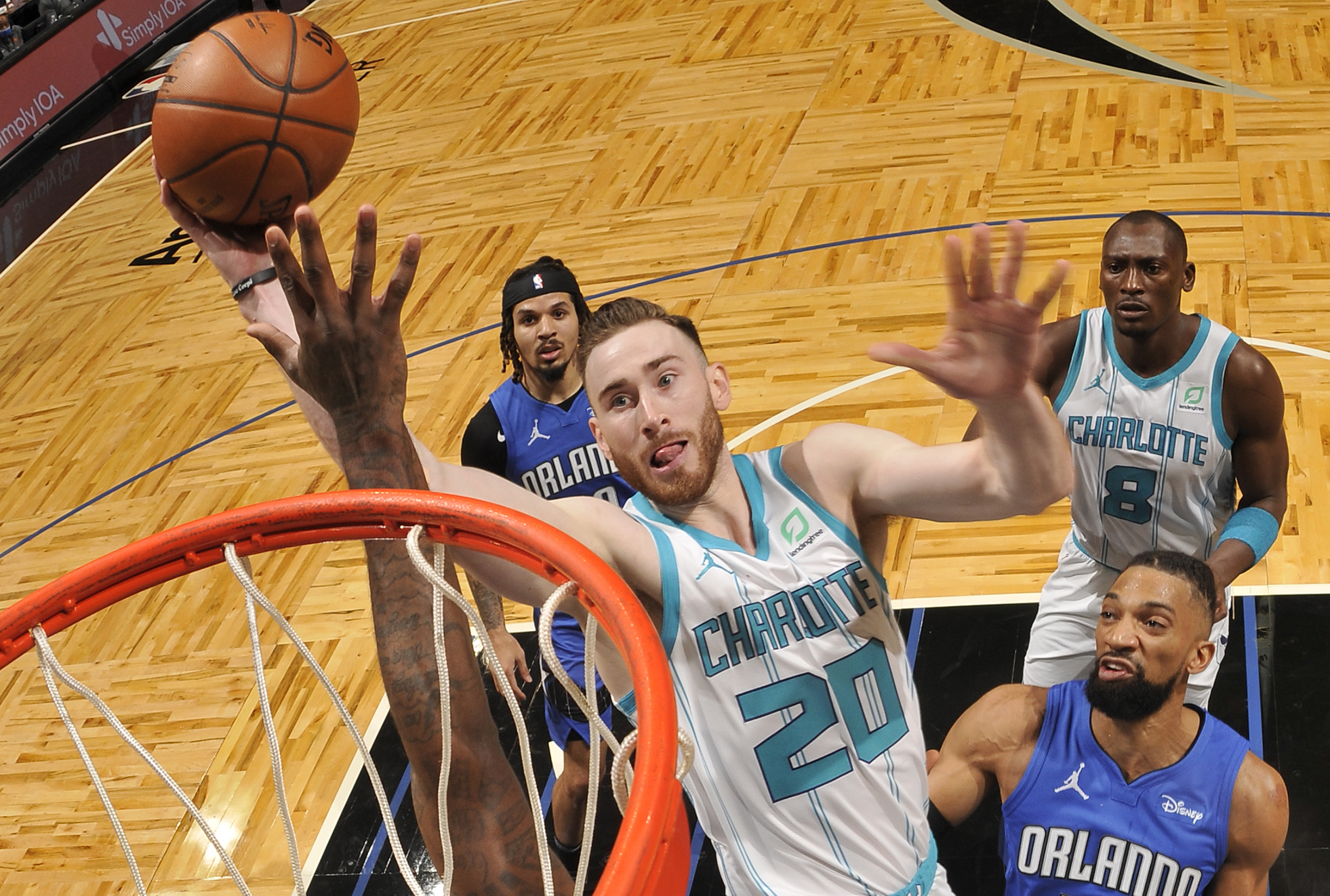 Hayward returning to All-Star form in Charlotte