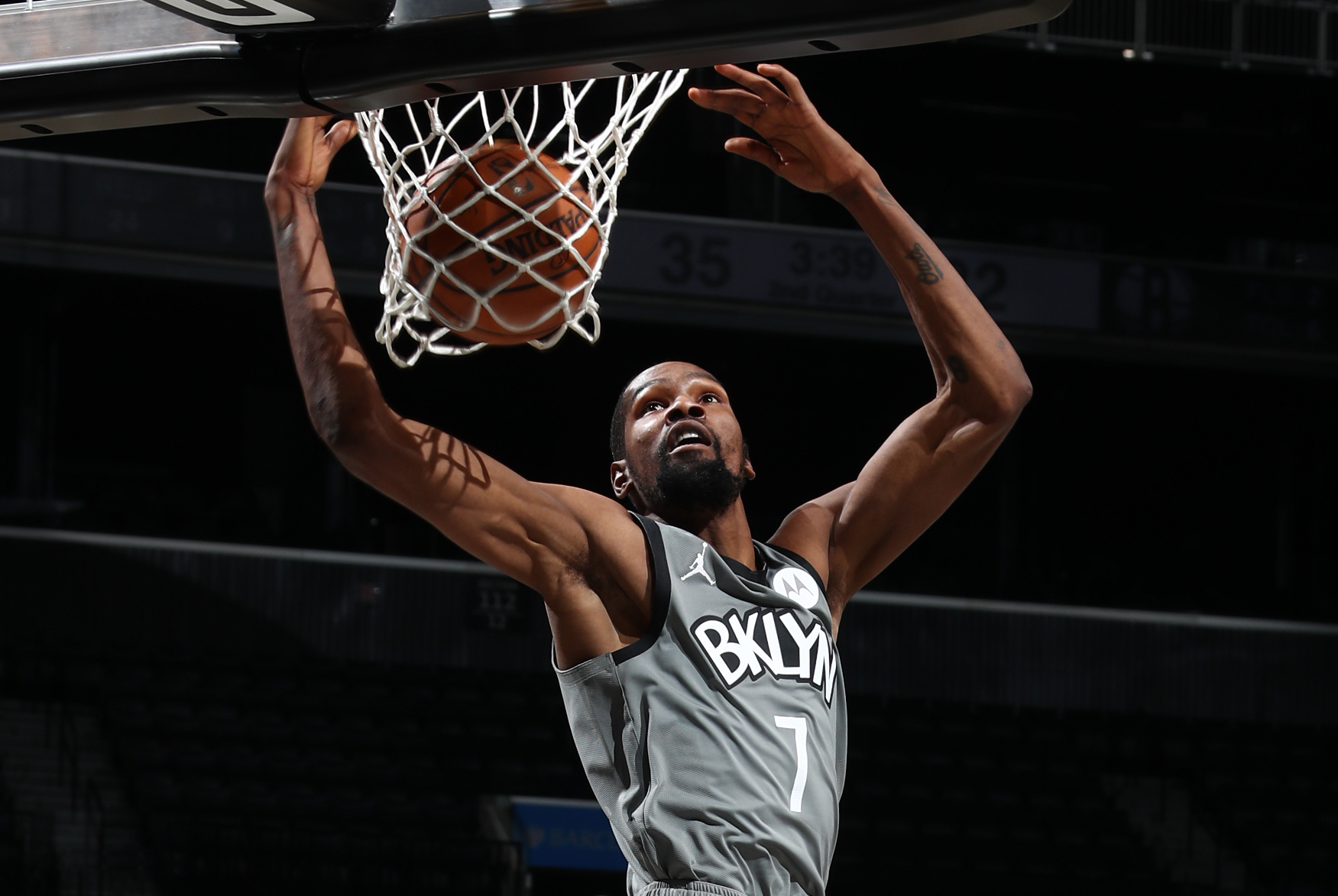 Durant, Nets Hold Off Heat In Defensive Battle