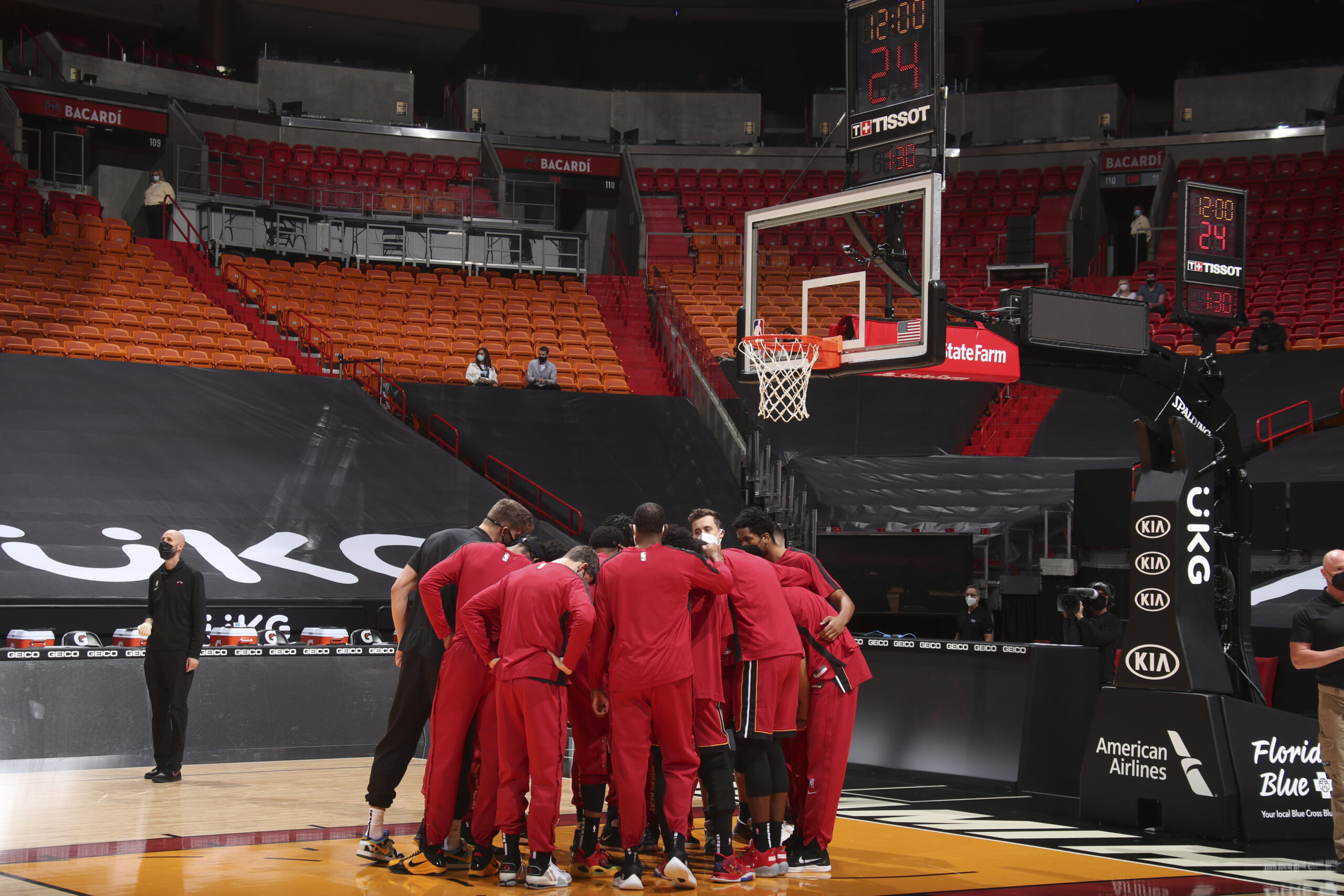 Heat planning to bring back some fans, with help from dogs