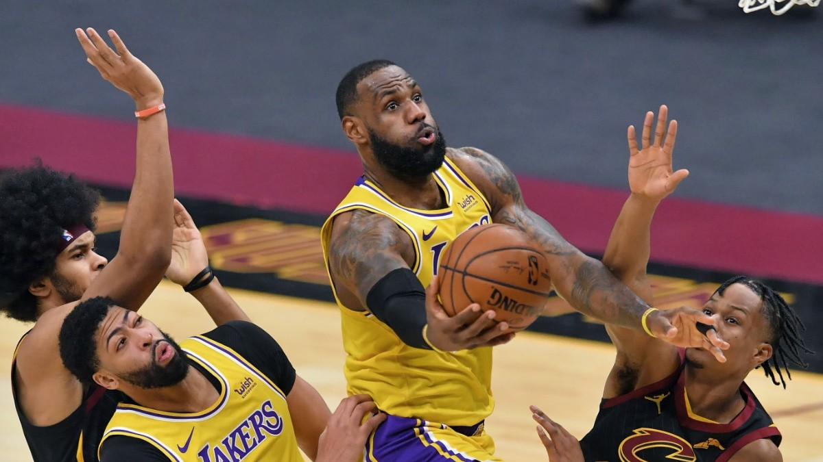 LeBron James erupts for 46 in return to Cleveland