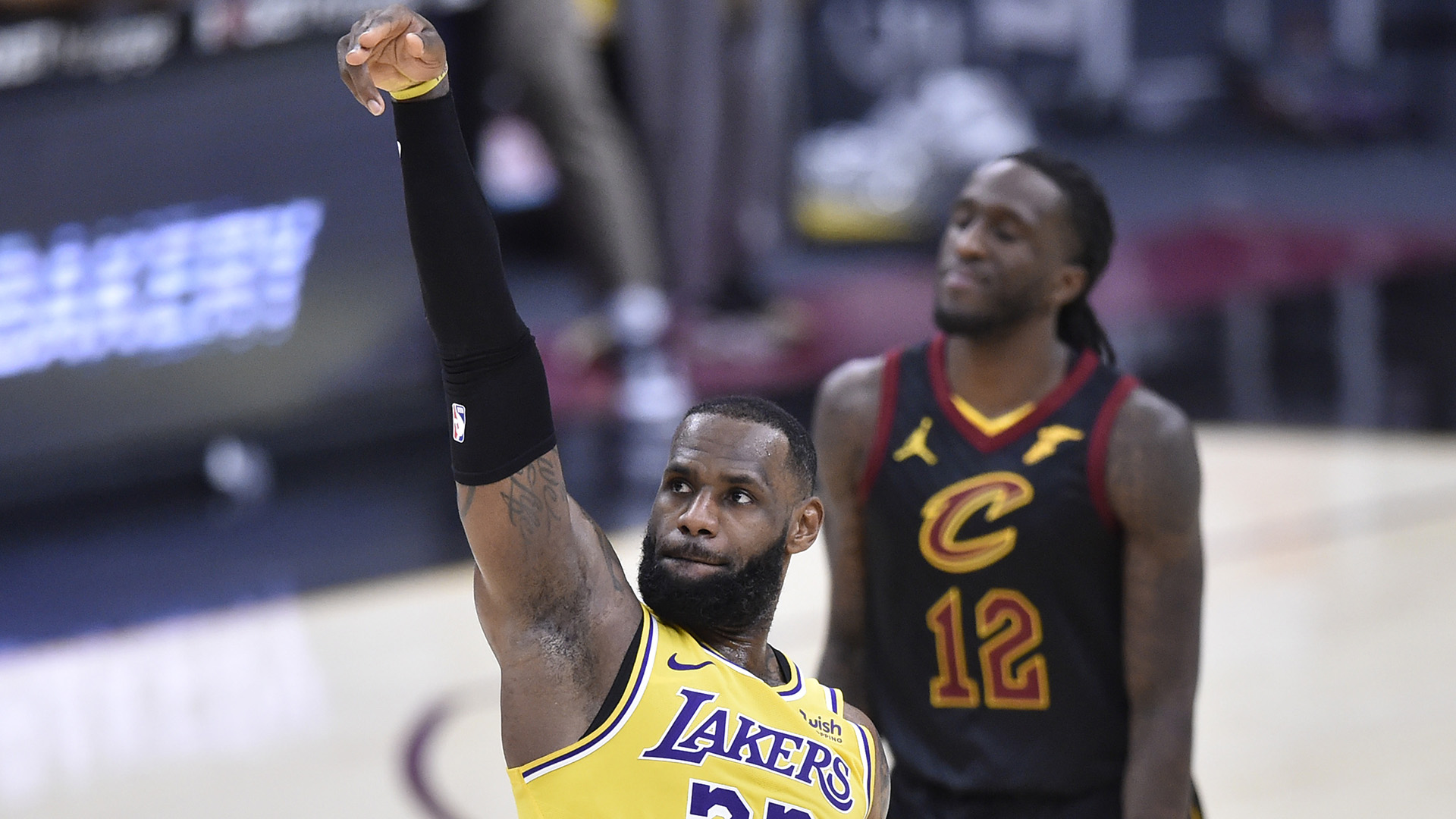 LeBron Puts On A Show In Latest Return To Cleveland