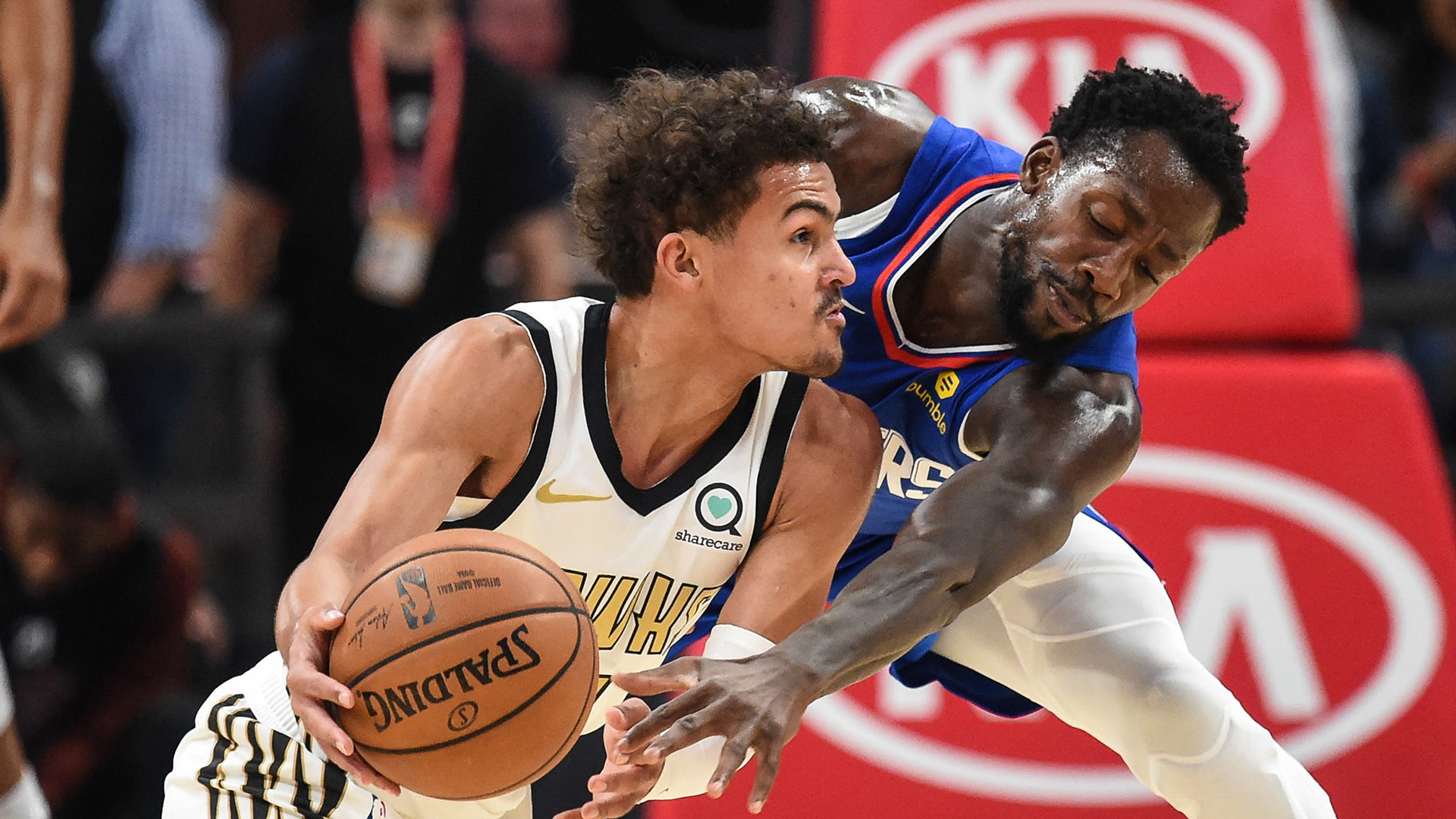 Hawks Look To Slow Down Short-Handed Clippers