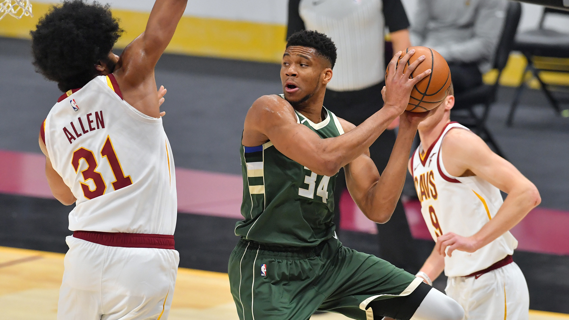 Game Recap: Bucks 124, Cavaliers 99