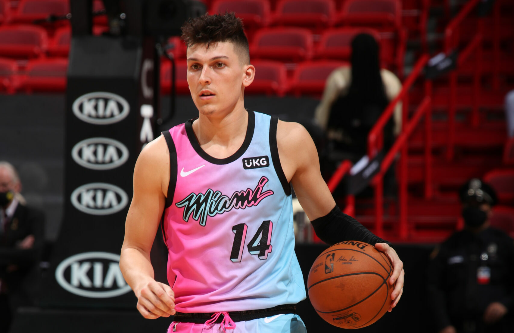 Tyler Herro out of virus protocols, cleared to play for Heat