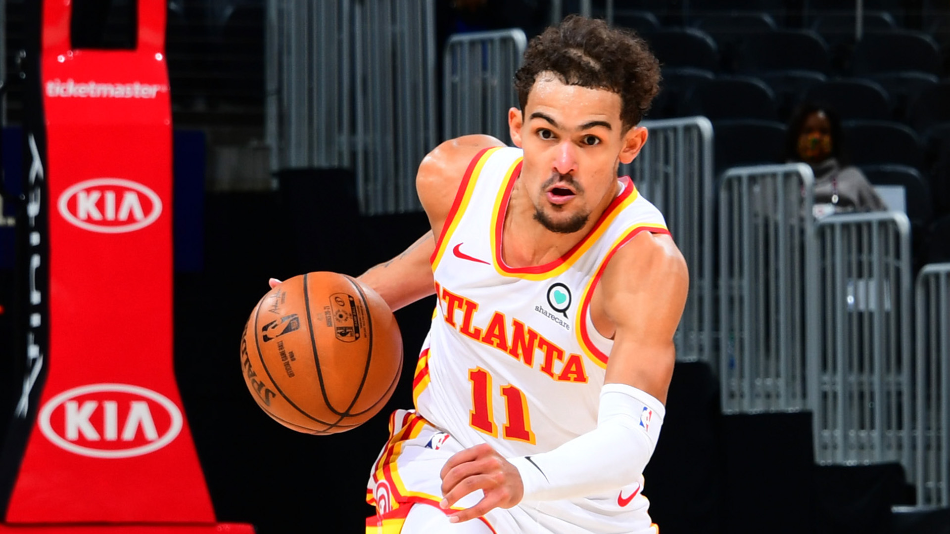 Power Rankings Notebook: Trae Young's bag of tricks, Gordon Hayward in the post and Lakers' defense still No. 1