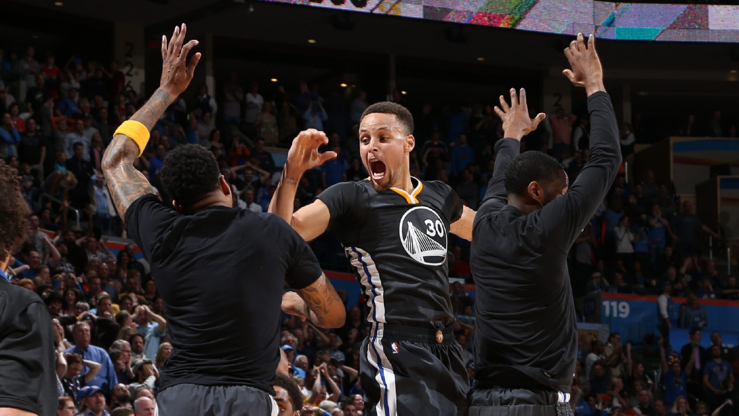 Curry's big shot vs. Thunder changed the game
