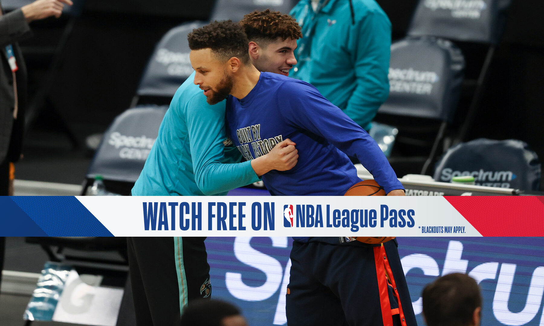 LaMelo, Steph Face Off In Hornets-Warriors