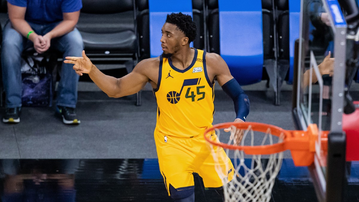 Mitchell, Jazz bounce back after rare loss