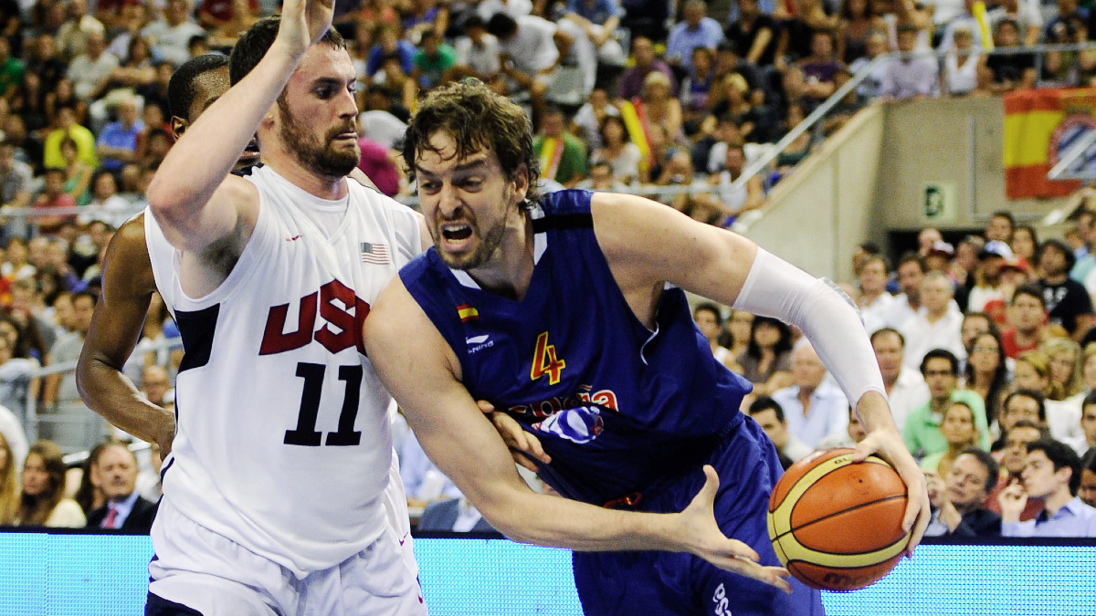 Pau Gasol denies reports of deal with Barcelona