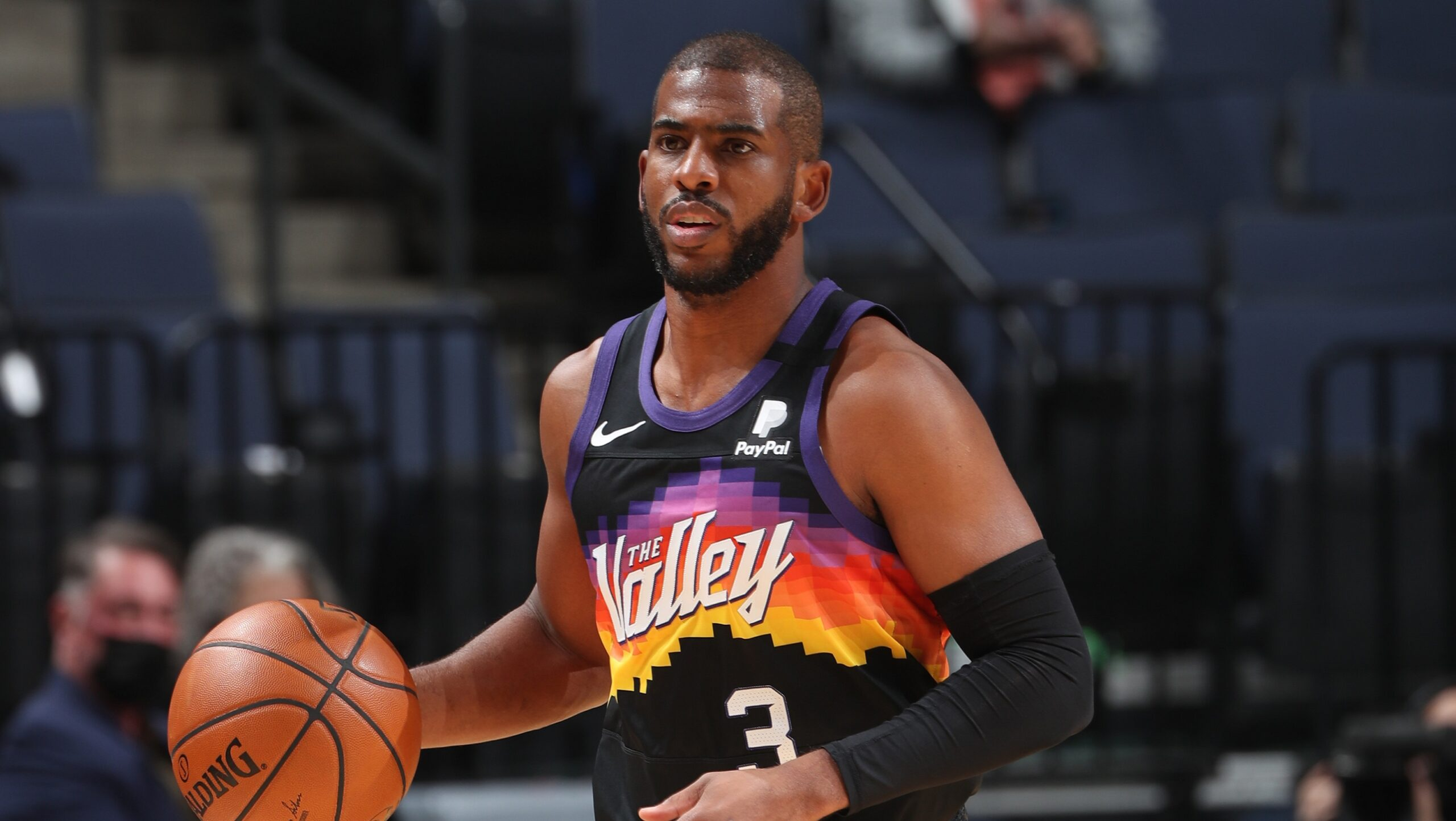 Chris Paul surpasses Oscar Robertson for 6th in career assists
