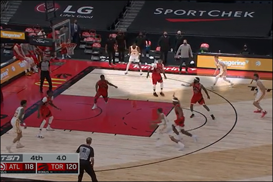 Hawks spacing vs. Toronto