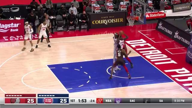 Cory Joseph and-one finish