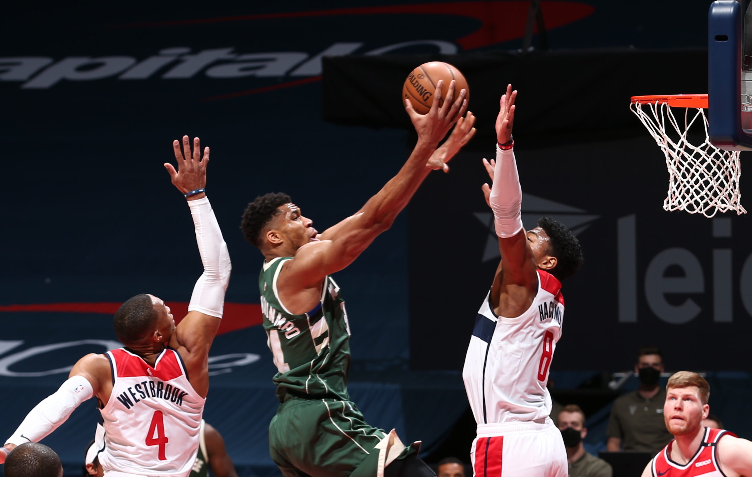 Giannis Antetokounmpo registers triple-double in 3rd straight game