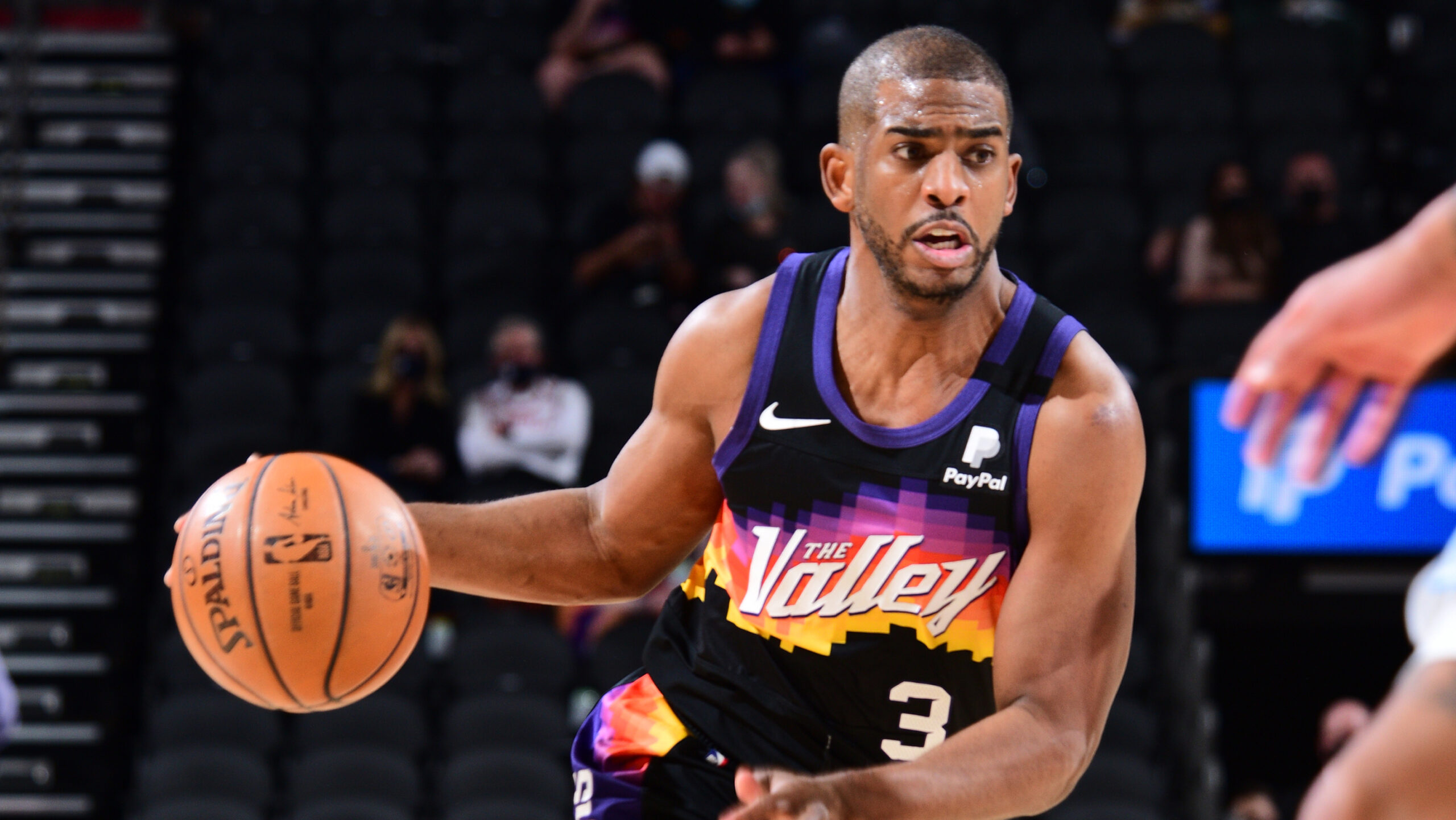 10,000 and counting: Chris Paul shows no signs of age