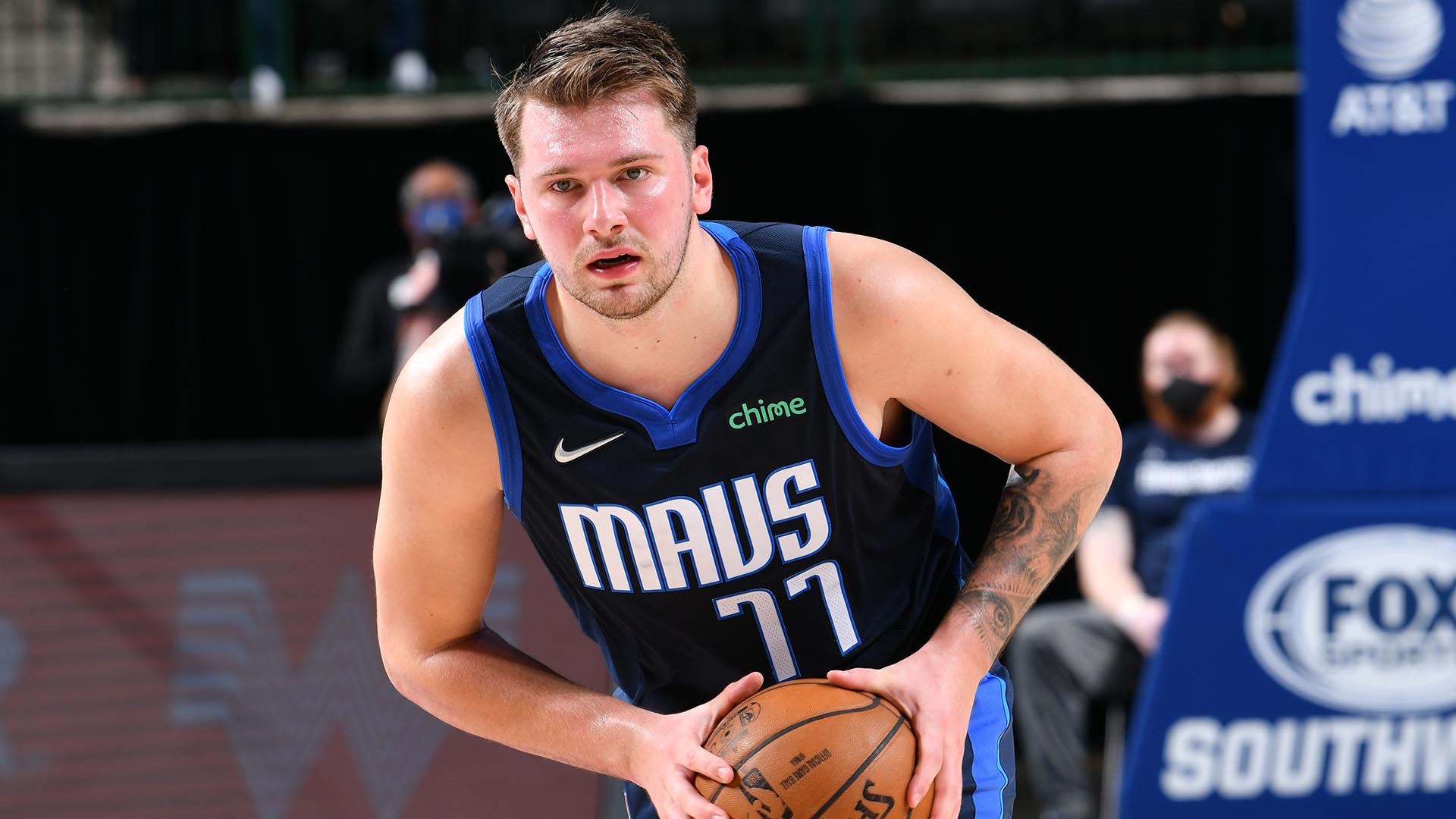 Mavs searching for first playoff series win since 2011
