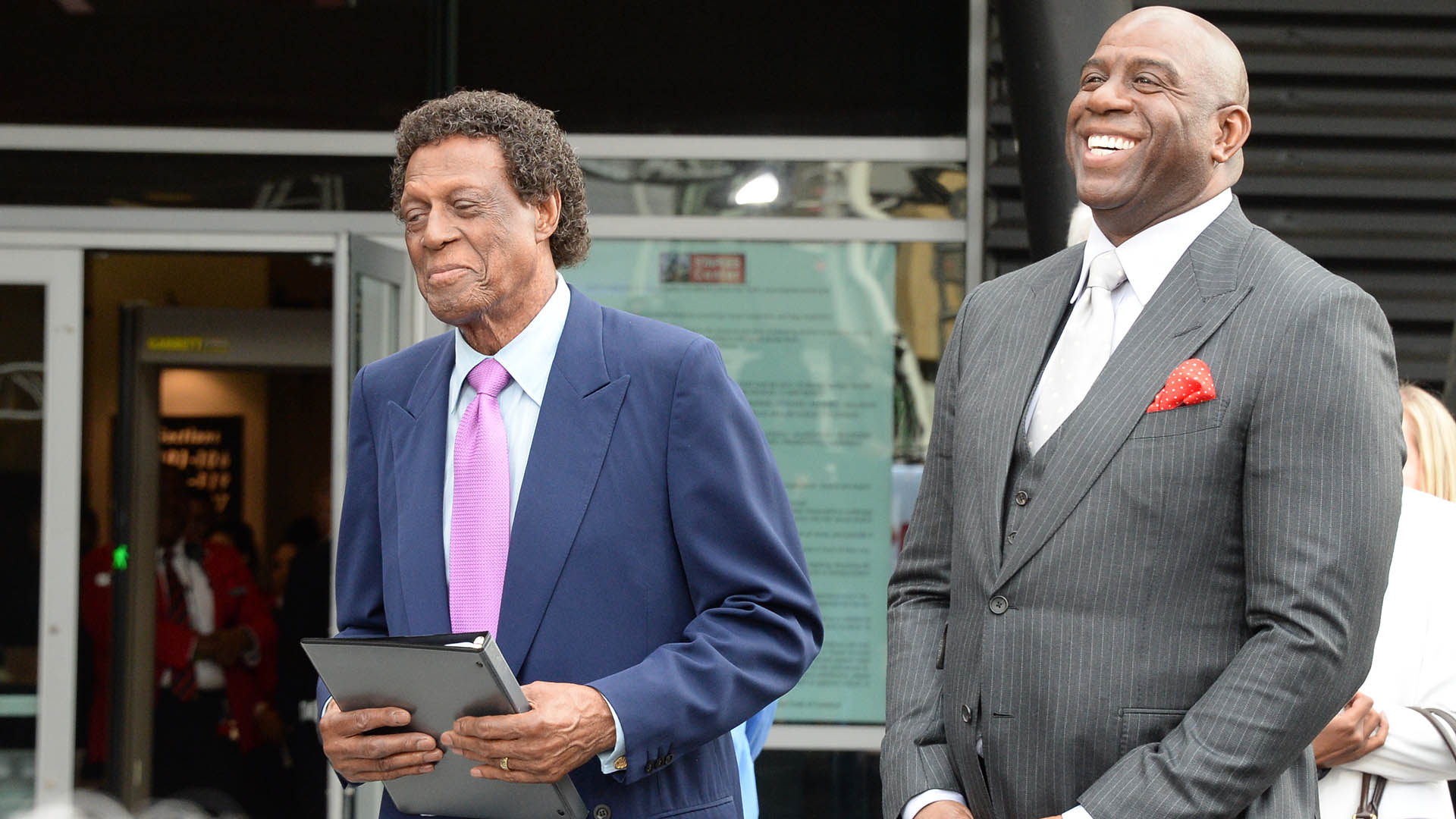 NBA family reacts to Elgin Baylor's death