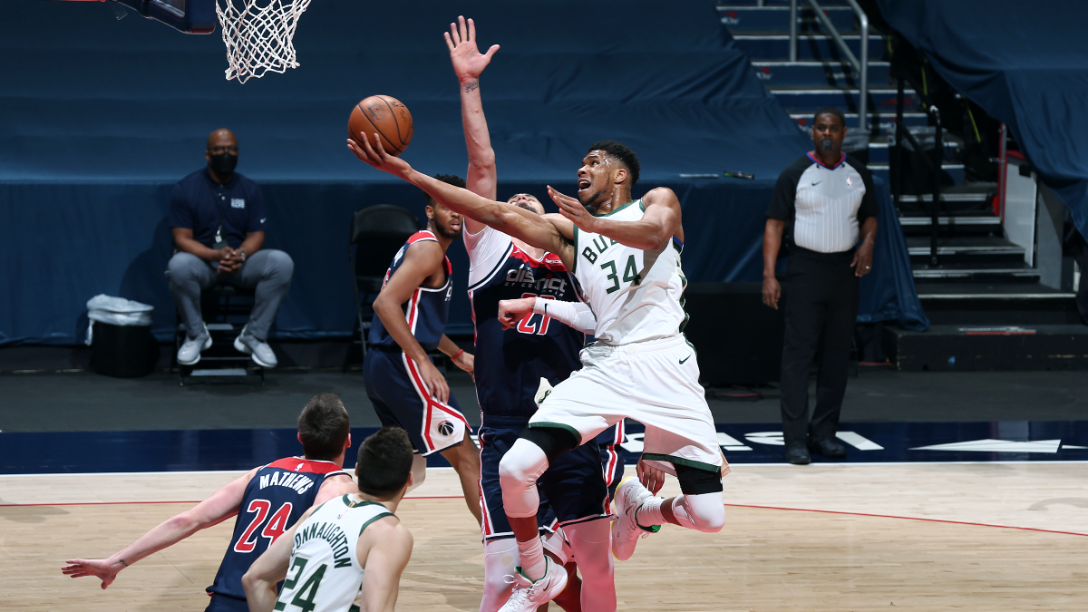 Giannis Antetokounmpo, Russell Westbrook 6th pair of opponents to record 30-point triple-doubles in same game