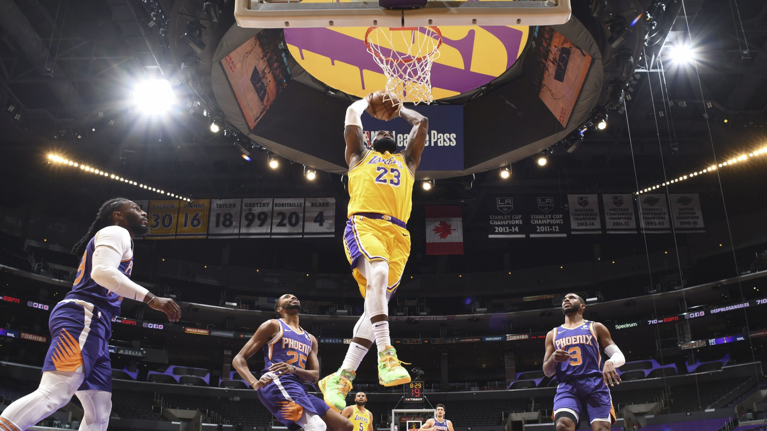 Dunk by LeBron James