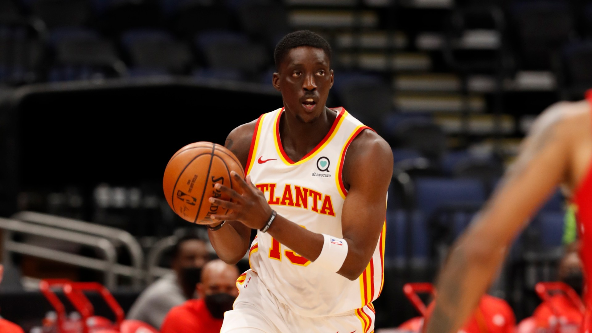 Hawks' Tony Snell to miss at least 2 games with ankle injury