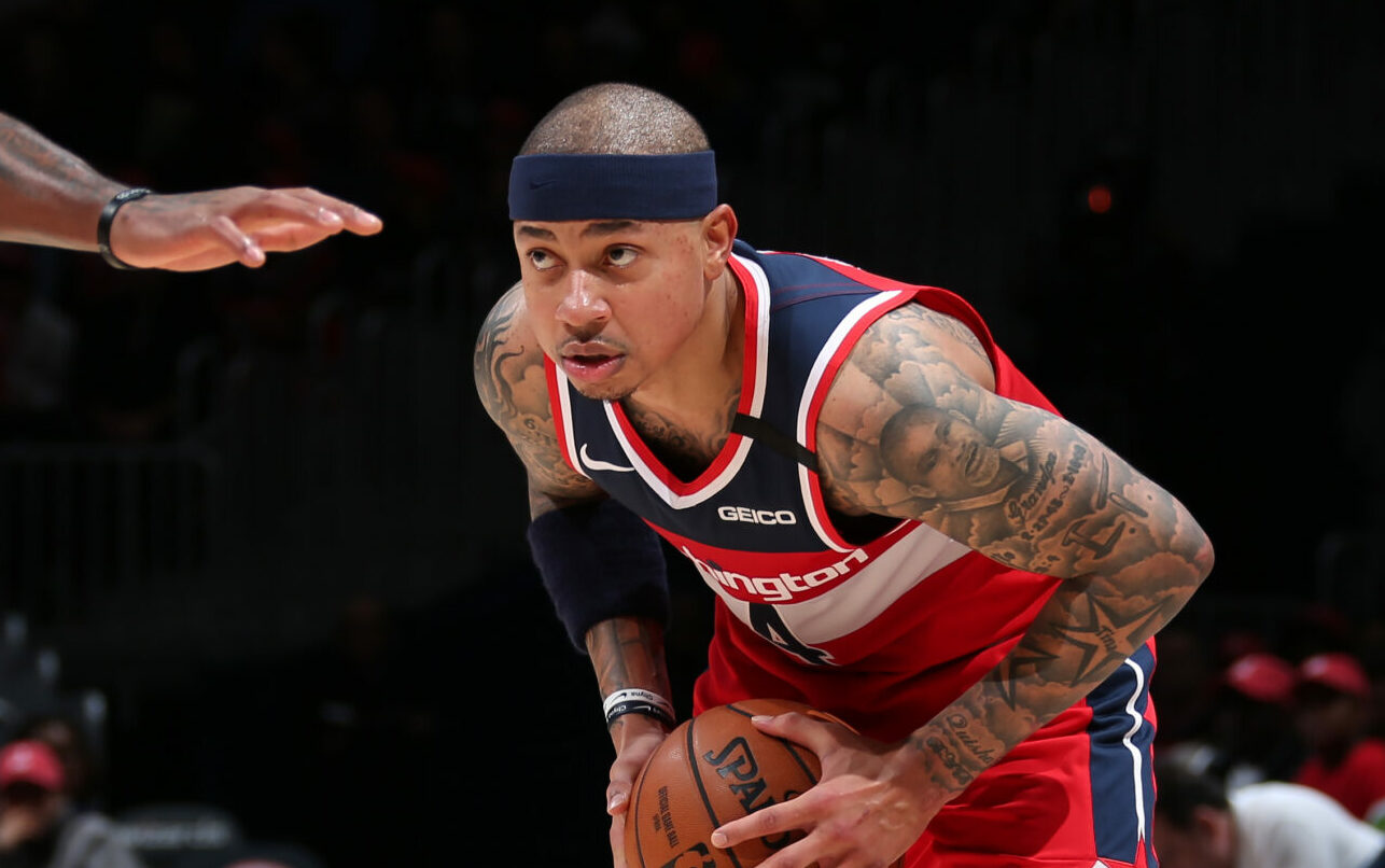 Pelicans sign Isaiah Thomas to 10-day contract