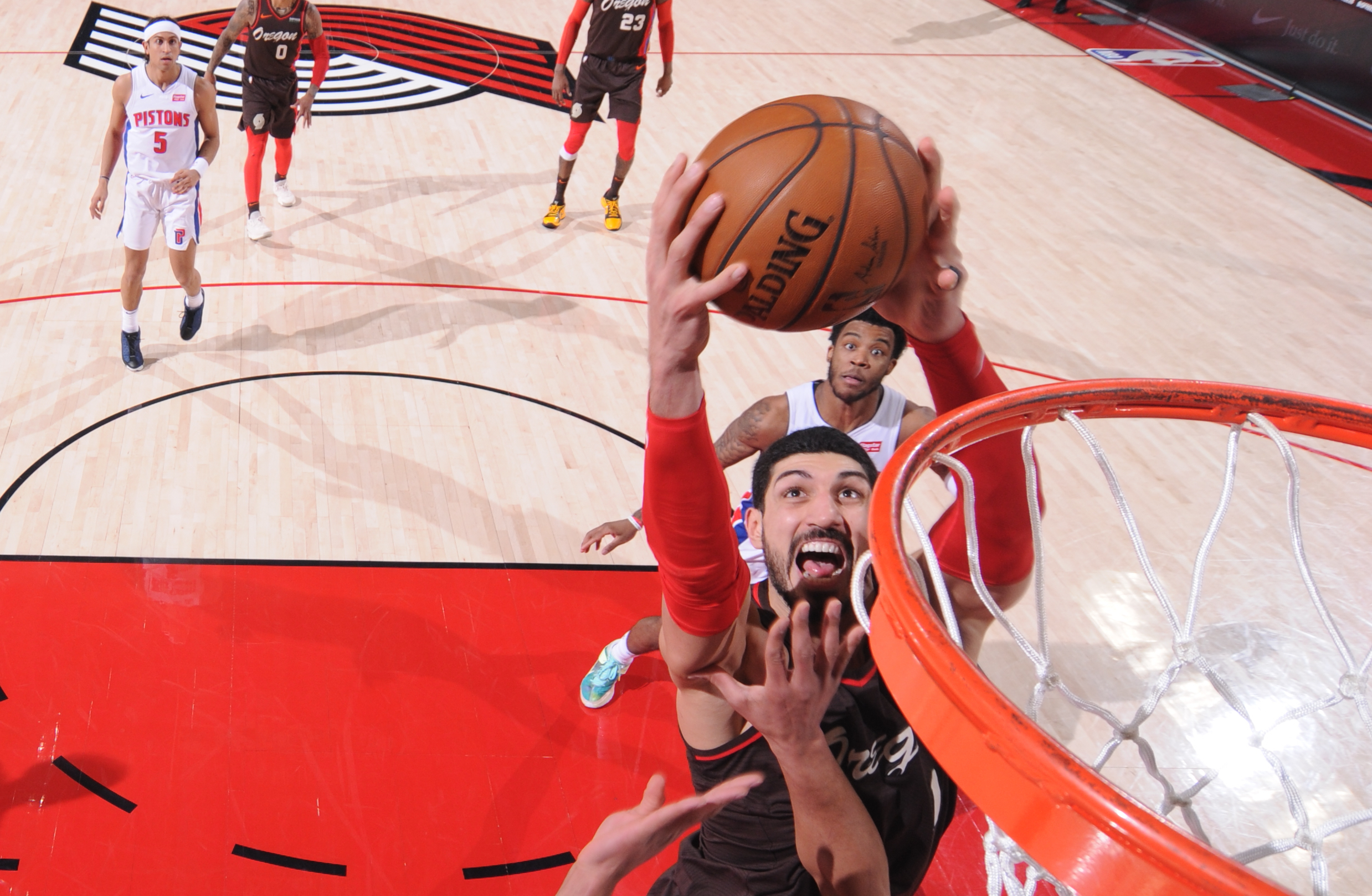 Enes Kanter grabs career-high, Blazers franchise record 30 rebounds