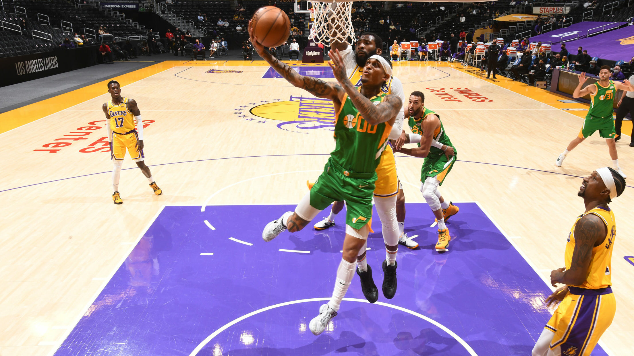 NBA-leading Jazz cruise past short-handed Lakers
