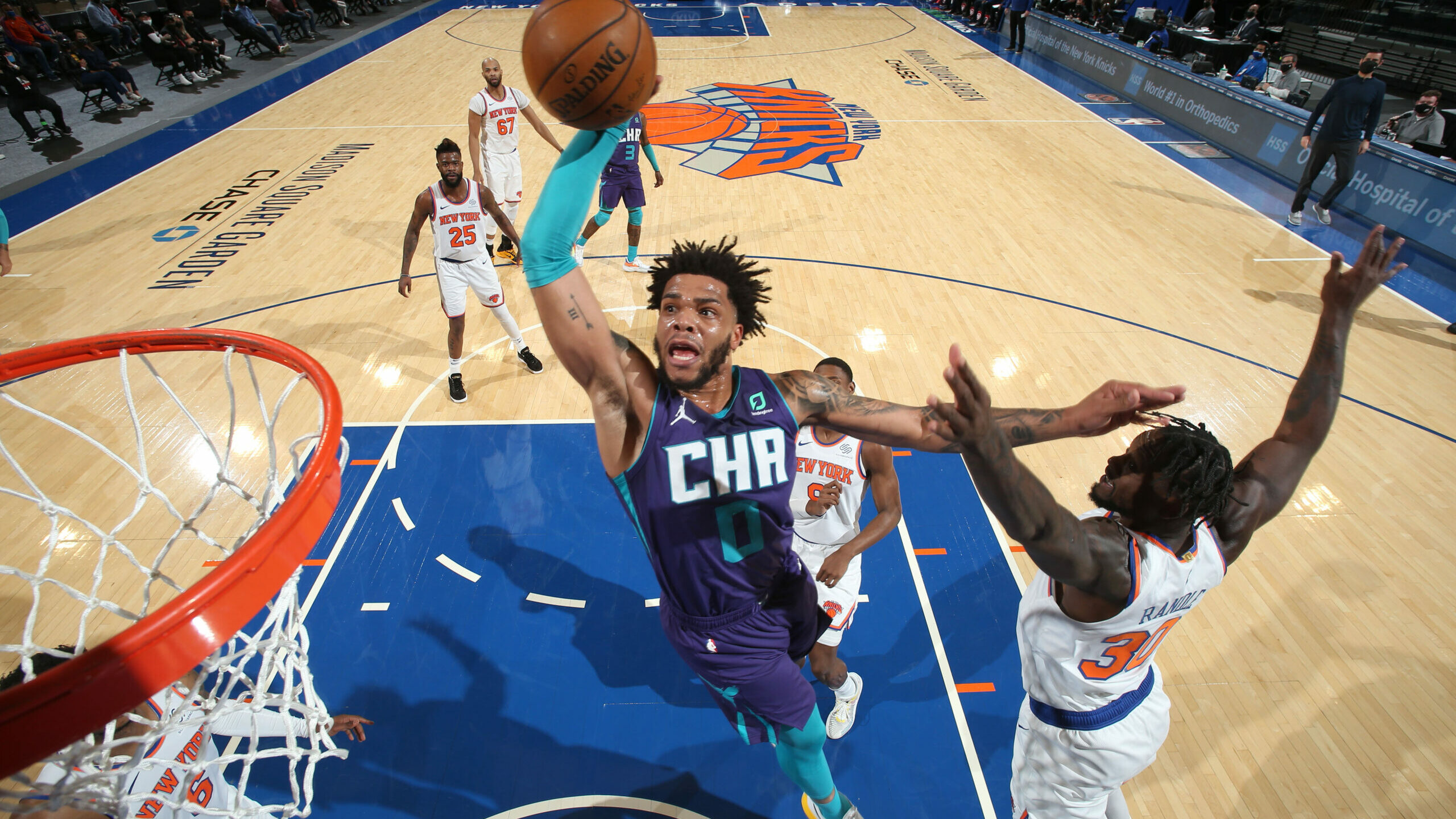 Knicks eye 7th straight win as Hornets visit MSG