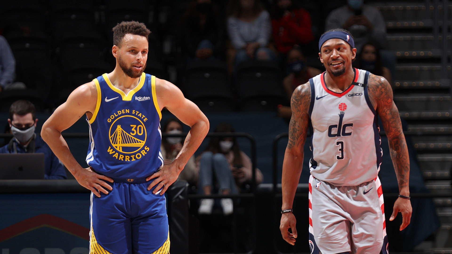 Wizards keep streaking as Curry has off night