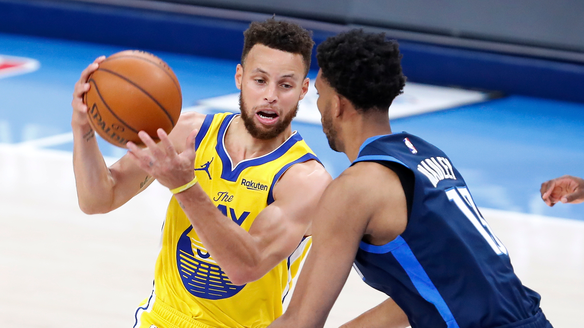 Curry holds another shooting clinic in Warriors' victory