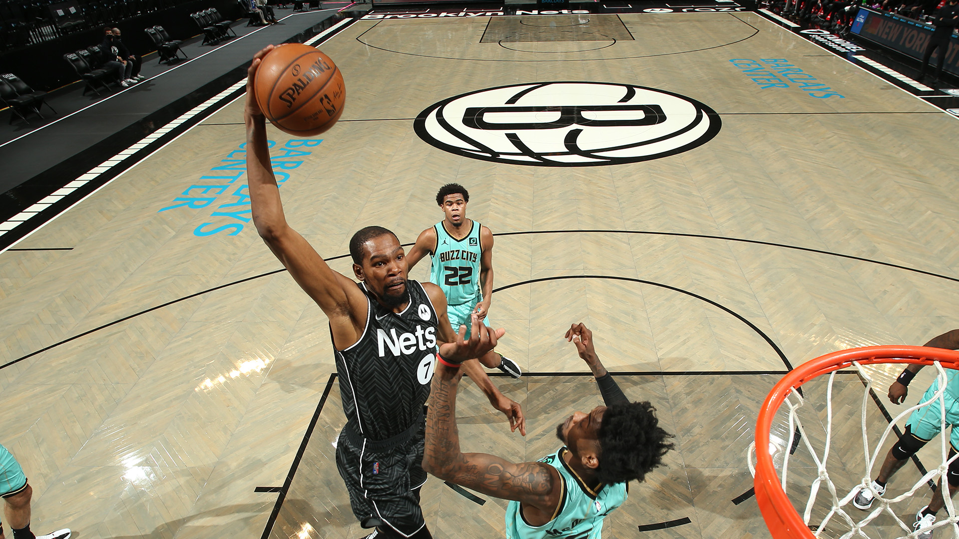 Nets pull away from Hornets behind Durant's double-double
