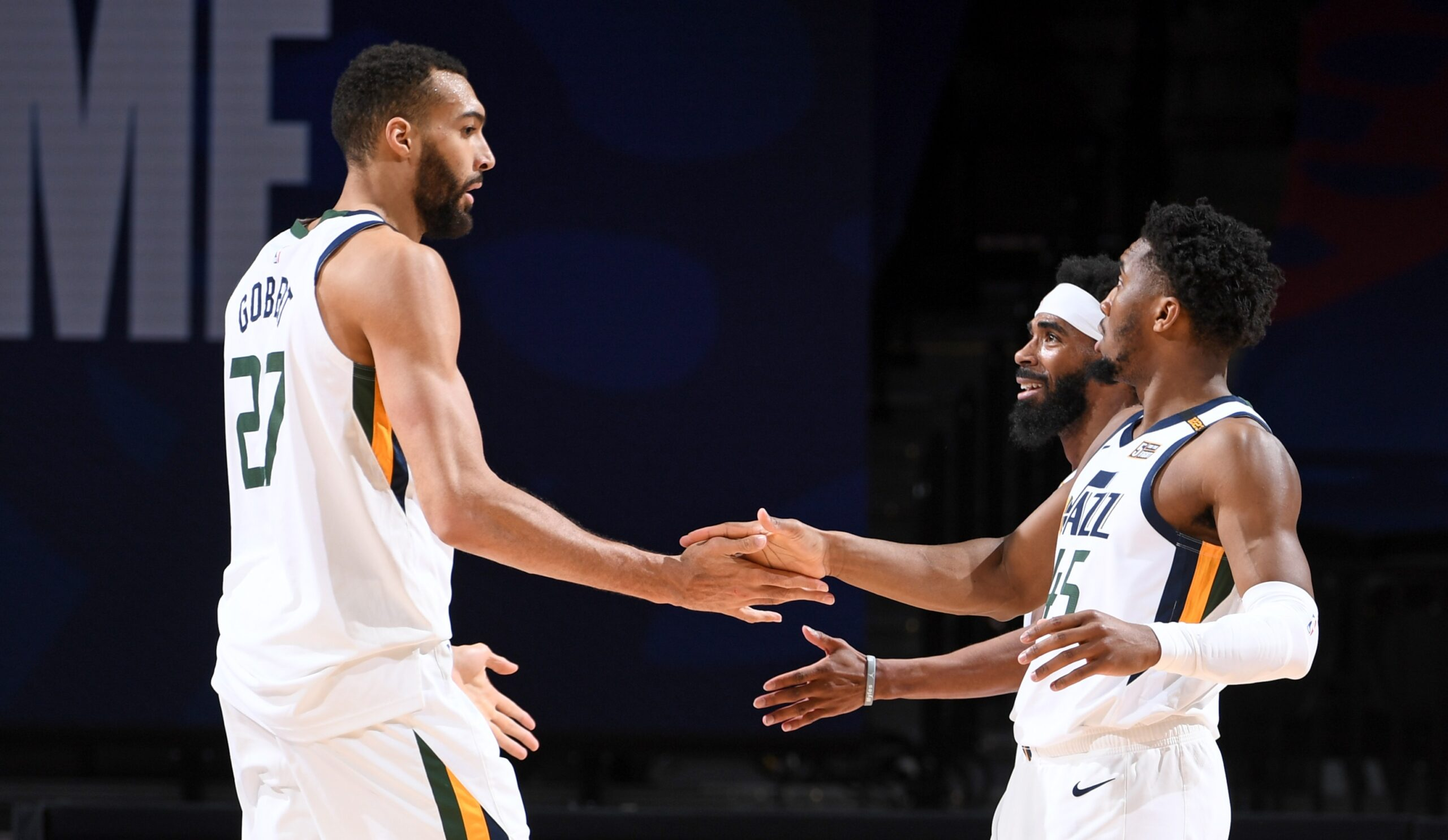 Jazz pit league's best record against struggling Kings