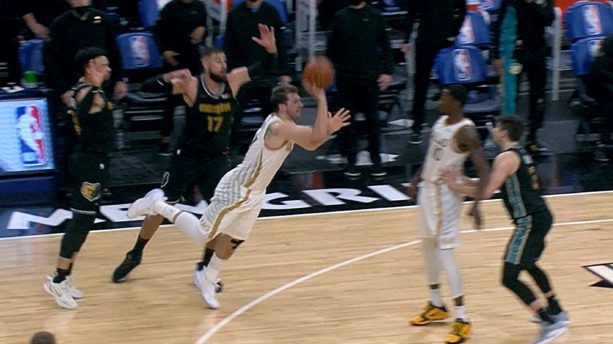 Doncic stuns Grizzlies at buzzer with off-balance 3