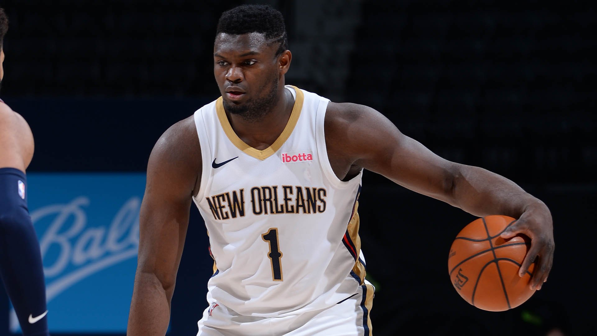 Pelicans' Zion Williamson out indefinitely with fractured ring finger