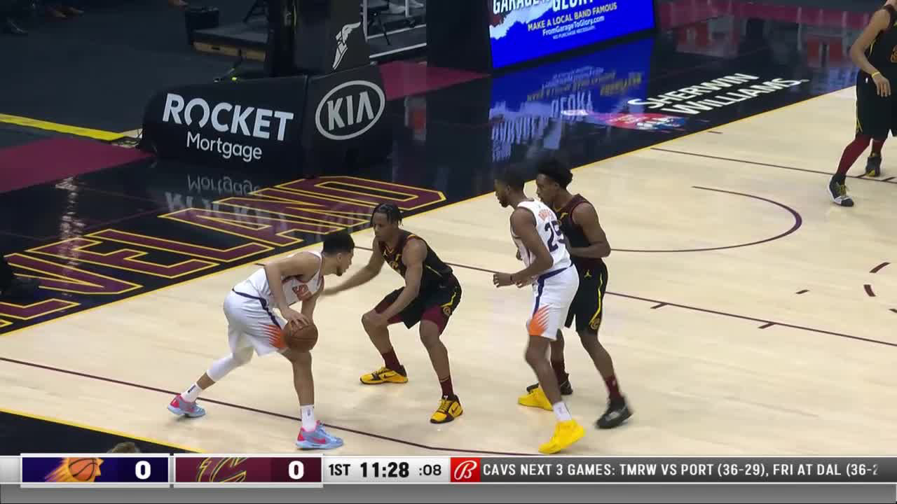 Devin Booker with 15 Points in the 1st Quarter vs. Cleveland Cavaliers