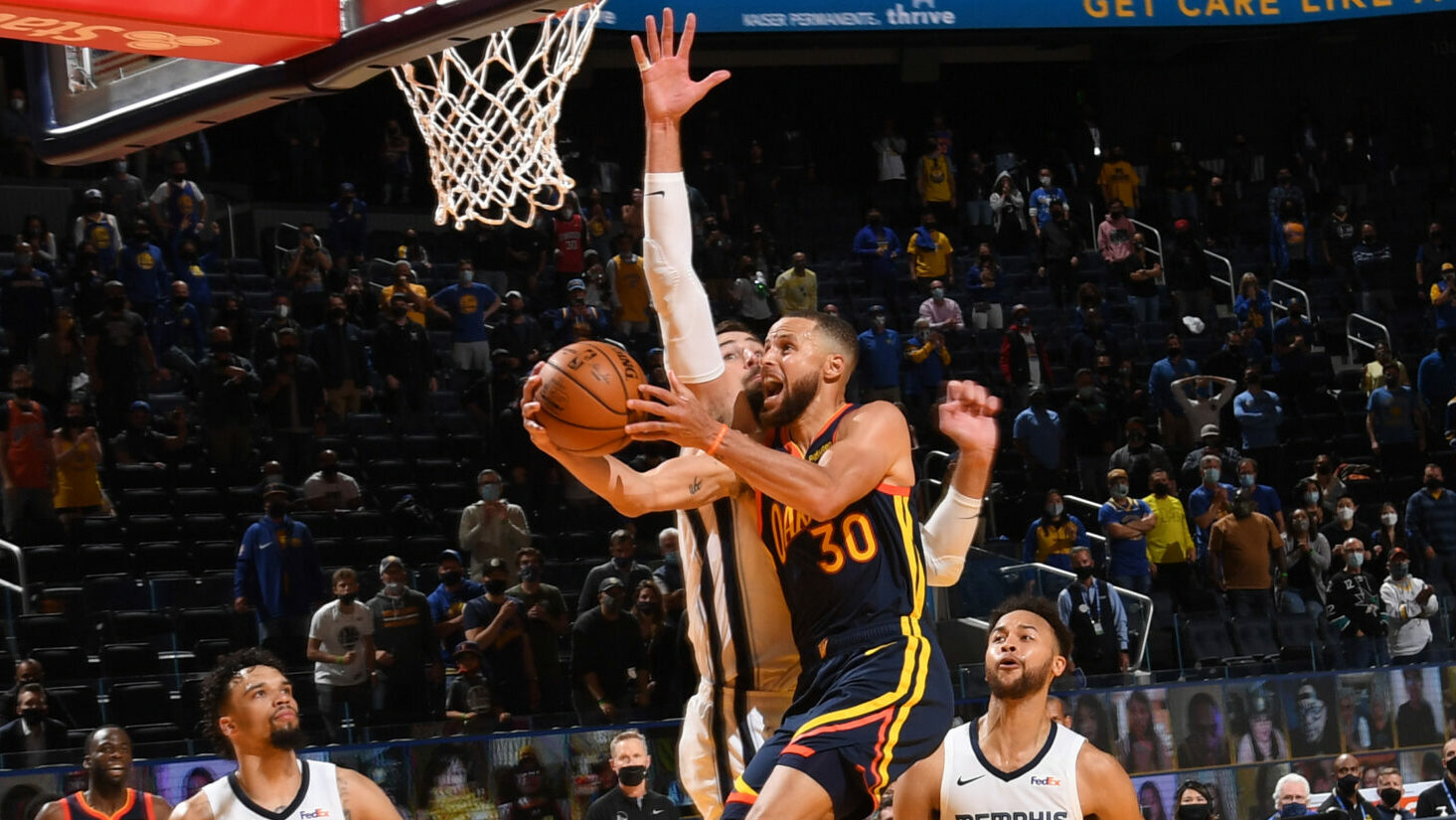 How the Grizzlies frustrated Curry and Warriors' attack