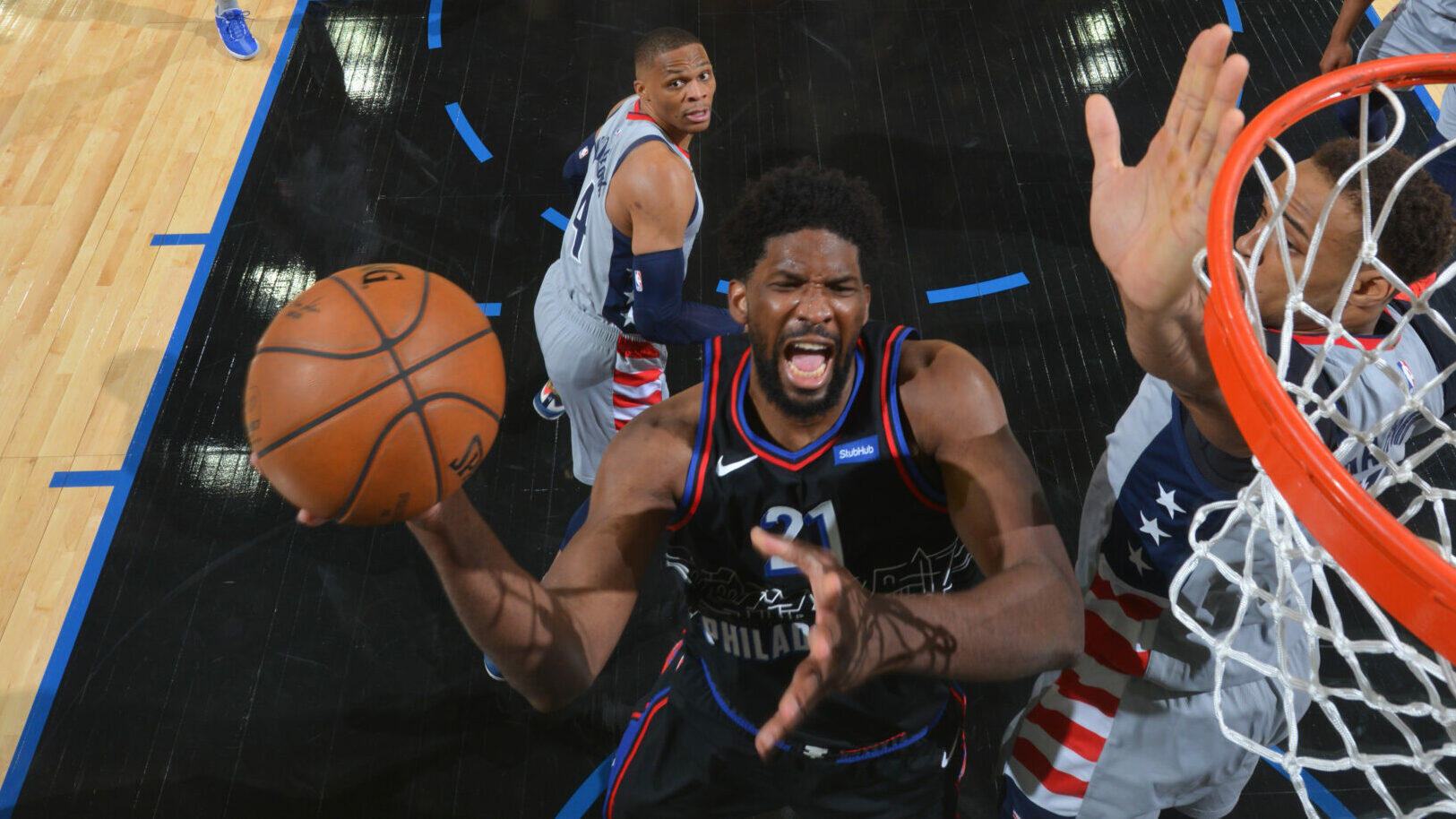 Harris, Embiid power Sixers to Game 1 win