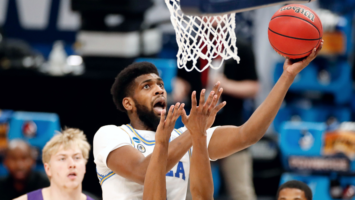 UCLA's Cody Riley enters NBA draft, not hiring agent