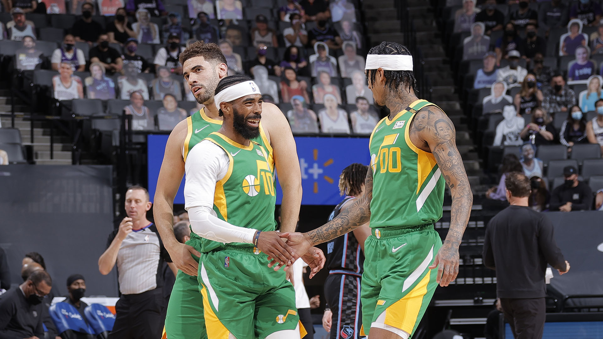 Jazz cruise past Kings to secure No. 1 seed in West