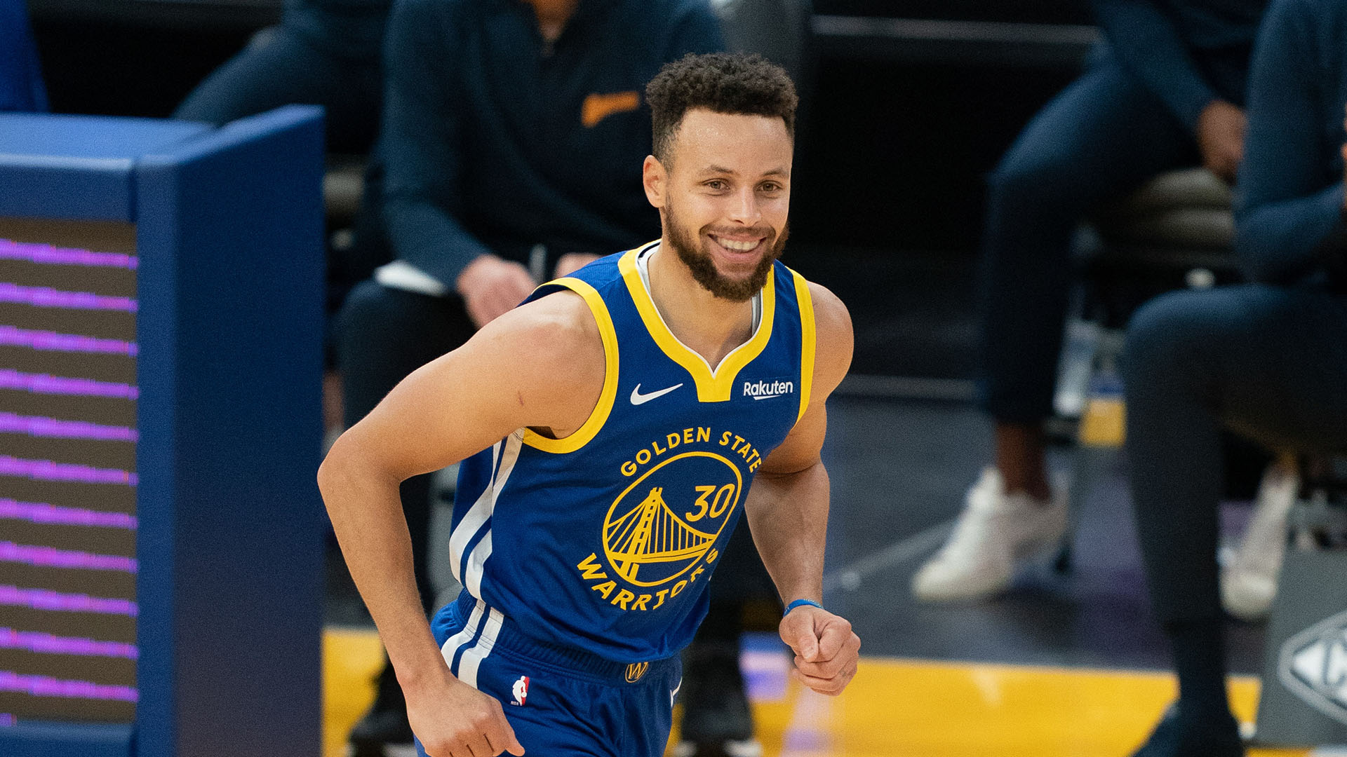 Curry's scoring title marks season leaders
