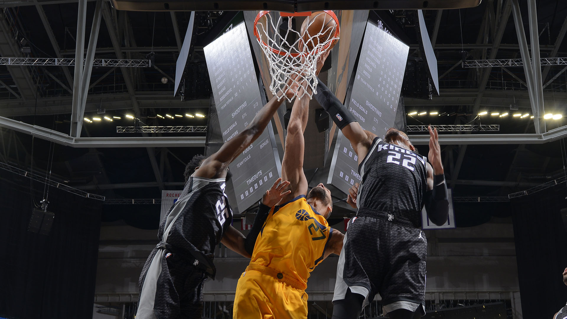With eyes set on No. 1 seed in West, Jazz visit Kings
