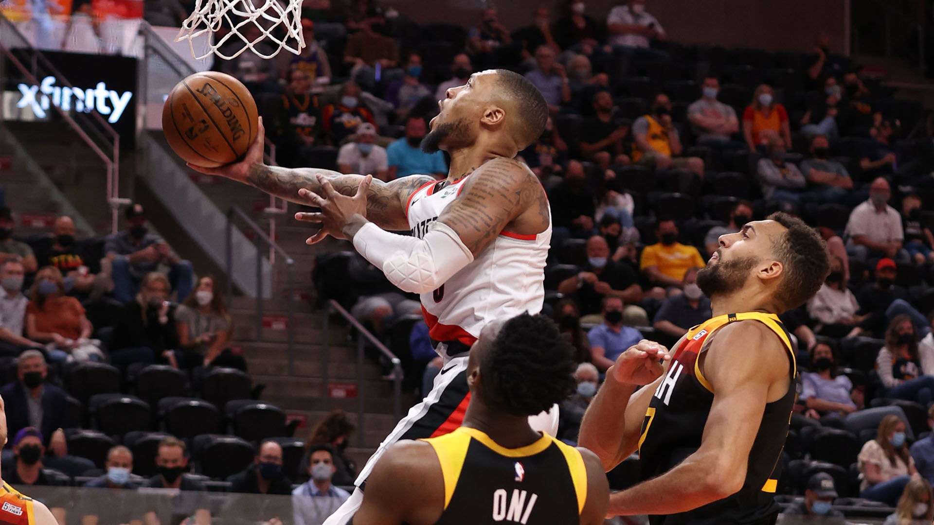 Blazers knock off Jazz to tighten grip on playoff spot